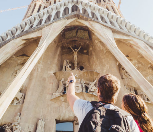 tourists at the sagrada familia in barcelona